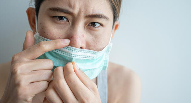 El uso prolongado de la mascarilla puede dañar e irritar a piel del rostro.