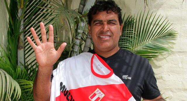 En su último enfrentamiento ante La Roja, hace 13 años, se llevó la victoria 2-1 y tapándole un penal a Iván Zamorano.