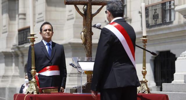 En su gestión como jefe de la Sétima Región Policial Lima, Gastón Rodríguez habría recurrido a los servicios de Iza Motors en vehículos de la PNP.
