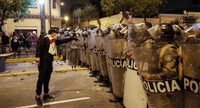 Operación policial en marcha nacional.