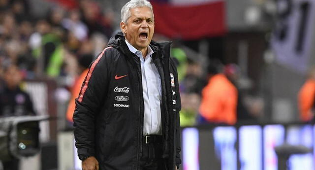 Reinaldo Rueda, técnico de la selección chilena.