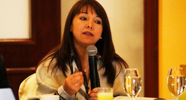 Mirtha Vásquez se pronunció sobre un posible referéndum de la Constitución