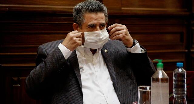 Manuel Merino viene siendo denunciado por homicidio doloso, desaparición forzada, abuso de autoridad, lesiones graves y leves.