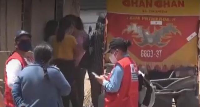 Personal del Ministerio de la Mujer y Poblaciones Vulnerables acudió al lugar para brindar apoyo a la familia de la menor.