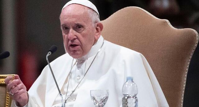 Papa Francisco se aplicó la dosis de Pfizer.