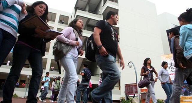 Congreso busca una solución a universidades que no fueron licenciadas