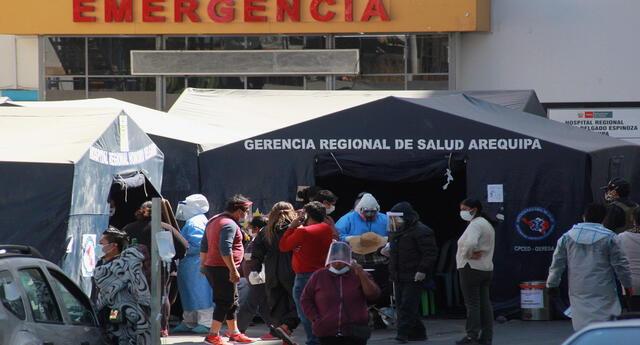 El hospital Honorio Delgado ya no cuenta con camas UCI.
