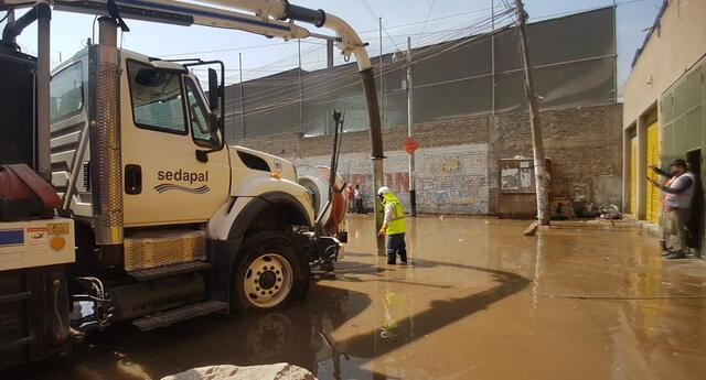 Vecinos se quedarán sin agua mientras duren los trabajos de reparación.