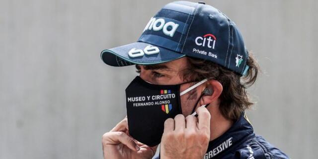 Fernando Alonso salió de hospital y seguirá tratamiento en casa.