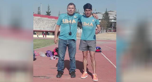 Marco Cordorhuamán y su entrenador Jorge Berrios.