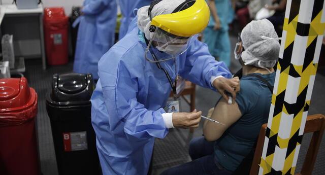 Perú ya empezó campaña de vacunación contra el coronavirus. Conoce aquí todos los detalles.