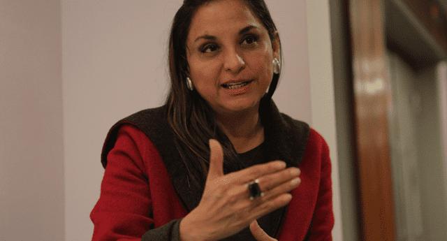 Rosana Cueva defiende a su hija tras ser inmunizada irregularmente con las vacunas de cortesía del laboratorio Sinopharm