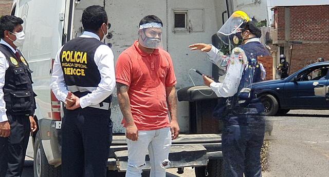 Reconstrucción de feminicidio en Carabayllo.