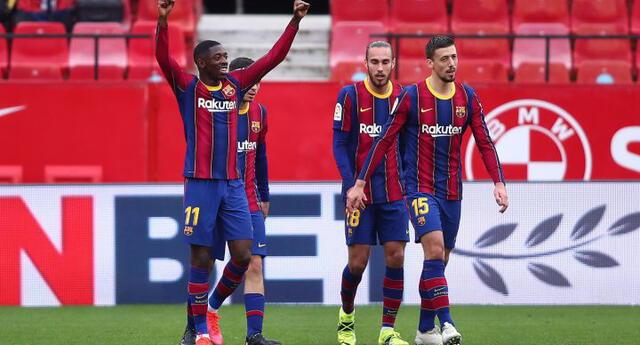 Ousmane Dembele celebra el primero del Barcelona ante Sevilla.