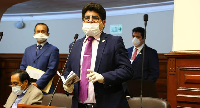 Texto del Congresista Carlos Simeón Hurtado también contempla multas para infractores.
