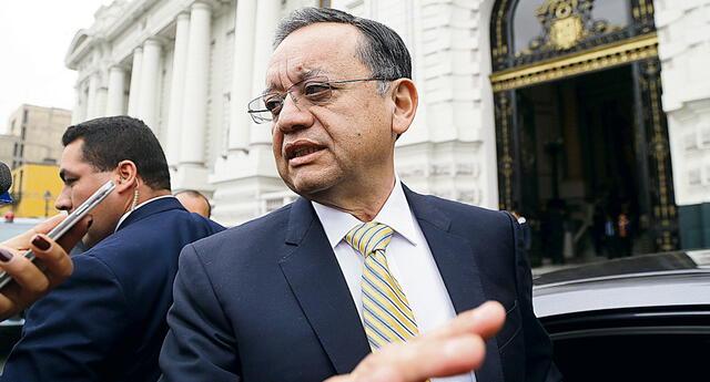 La parlamentaria Felícita Tocto, de Descentralización Democrática, presentó la denuncia constitucional contra Edgar Alarcón.