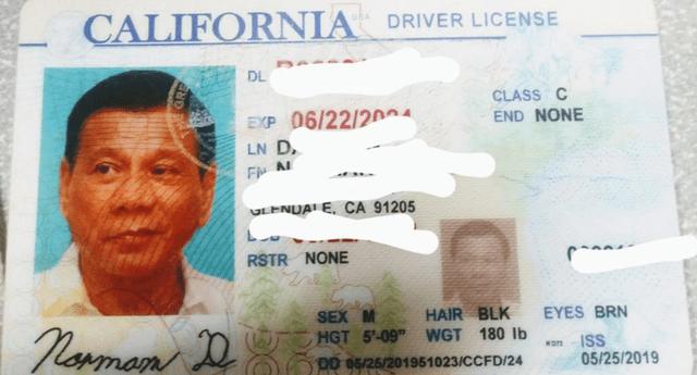Licencia de conducir falsa con la foto del presidente filipino