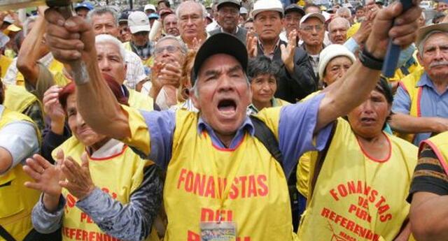 Congreso aprueba ley que garantiza el retiro de aportes