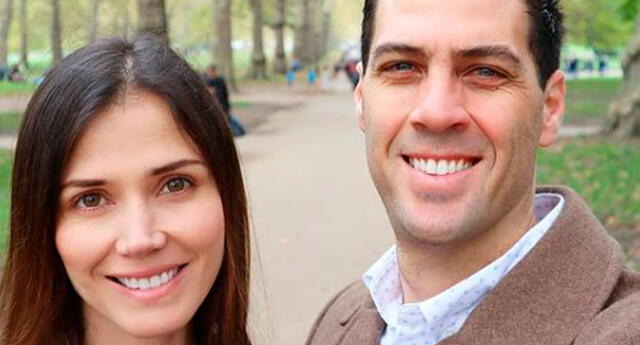 Maju Mantilla y su esposo se vuleven a abrazar tras vencer el coronavirus.