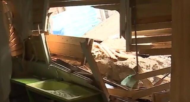 mujer denuncia a sus vecinos por no responsabilizarse del derrumbe que destrozó su casa