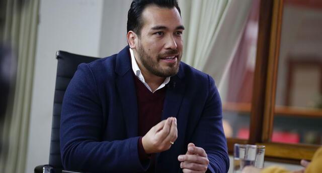 Álvaro Paz de la Barra y su esposa Sofía Franco fueron detenidos el último jueves por hechos de violencia familiar.