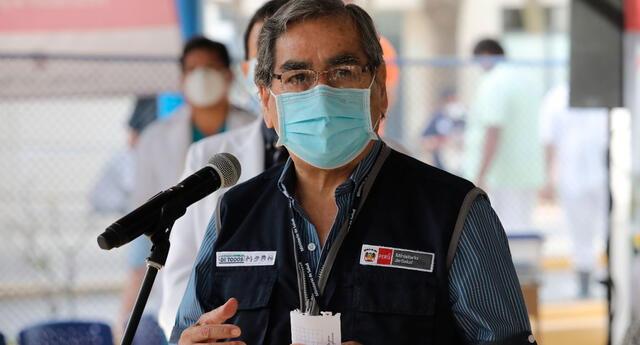 Oscar Ugarte manifestó sentirse indignado y expresó su rechazo a la desviación de estas inmunizaciones que estaban, principalmente, dirigidas a los adultos mayores de 70 años en la región Loreto.