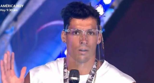 Patricio Parodi es captado en fiesta COVID en Miami.