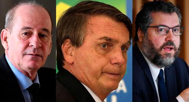 Azevedo e Silva no precisó los motivos de su renuncia, que ha coincidido con la de Araújo al Ministerio de Relaciones Exteriores.