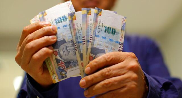 Los trabajadores en planilla reciben la CTS en una entidad bancaria elegida