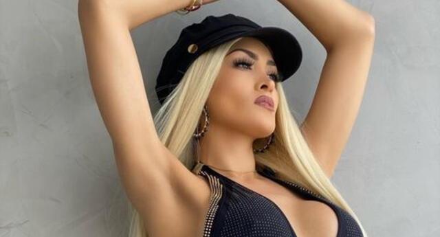 La cantante Michelle Soifer se mostró emocionada por haber alcanzado el gran número de reproducciones en YouTube, y volvió a su antiguo look.