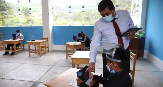 Los estudiantes y maestros de zonas rurales focalizadas recibirán las tablets del Ministerio de Educación para el año escolar 2021.