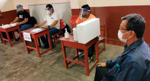 La ONPE indicó que cualquier elector podrá asumir el cargo de miembro de mesa, a excepción de los adultos mayores.