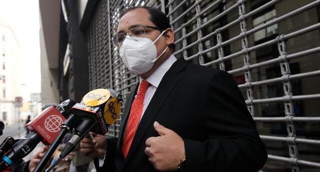 Fernando Ugaz asegura que el Congreso solo tiene la intensión de inhabilitar a Vizcarra Cornejo a pocos días de las Elecciones del 11 de abril.