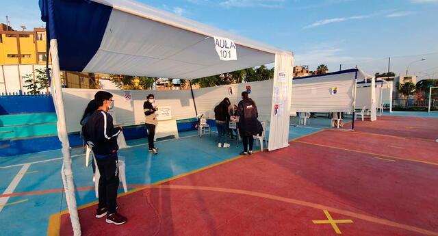 Comienza la instalación de mesas de sufragio en el parque El Migrante para las Elecciones 2021