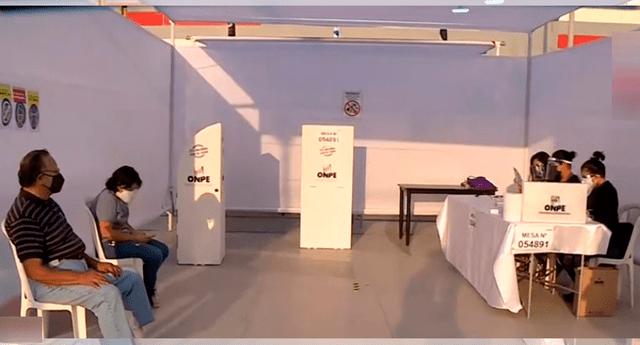 Se abren las primeras mesas en sufragio en La Videna