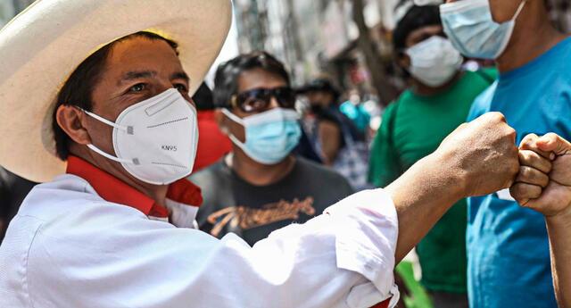 De acuerdo a algunos especialistas Hernando de Soto tendría más posibilidades de vencerlo que Keiko Fujimori.