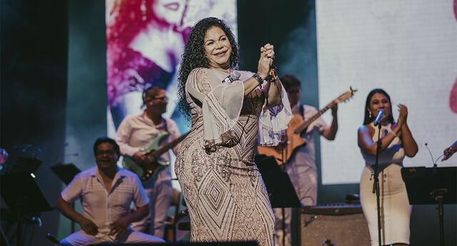Eva Ayllón, cantante prepara gran concierto por el Día de la madre.