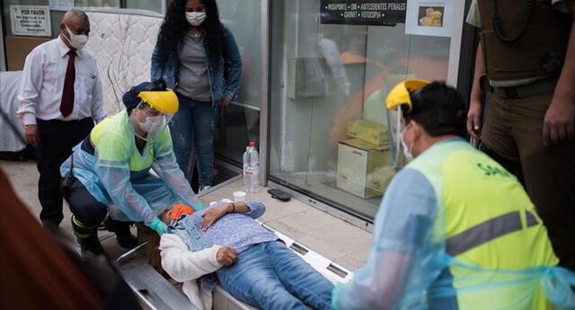 OMS: situación en Chile muestra que la vacunación no sustituye la prevención del coronavirus.