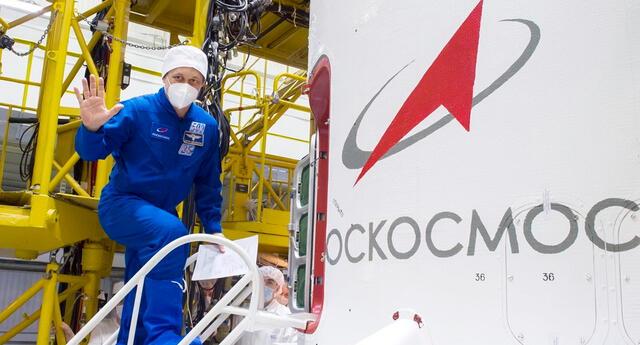 Un cosmonauta ruso en el Cosmódromo de Baikonur, en Kazajistán.
