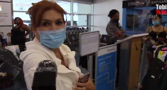 Magaly Medina viajó a Miami y fue abordada por un reportero.