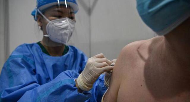 China: más de 200 millones de personas ya han sido vacunadas contra la COVID-19.