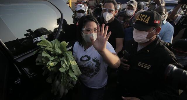Keiko Fujimori reveló que se ha reunido con Hernando de Soto de cara a la segunda vuelta.