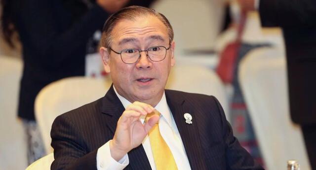 Ministro de Exteriores de Filipinas arremetió contra China.