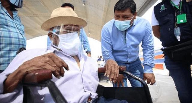 La región Ica continúa la vacunación contra la COVID-19 a adultos mayores de 80 años.