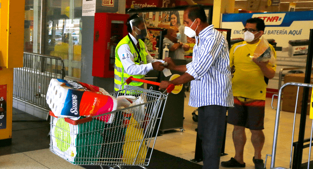 Supermercados y farmacias atenderán en el Día de la Madre, según decreto supremo.