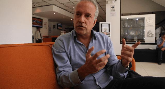 Hernando Guerra García señala que acuerdos para debatir con Perú Libre están entrampados.