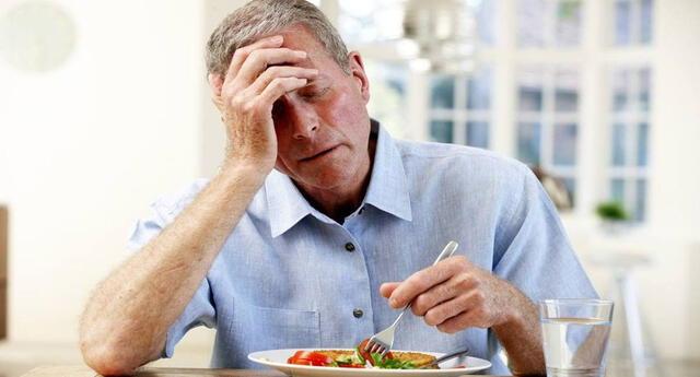 En estos tiempos es muy importante mantener a los adultos mayores muy bien alimentados.