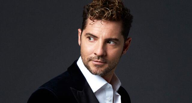 David Bisbal reveló lo feliz que está por su reciente colaboración con Danna Paola, y aprovechó en referirse al cariño que le tiene a Eva Ayllón.