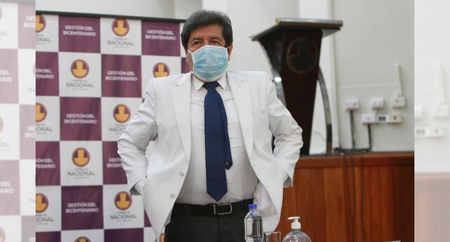 El decano del CMP, mencionó que estas nuevas medidas podrían aumentar la curva de la pandemia.