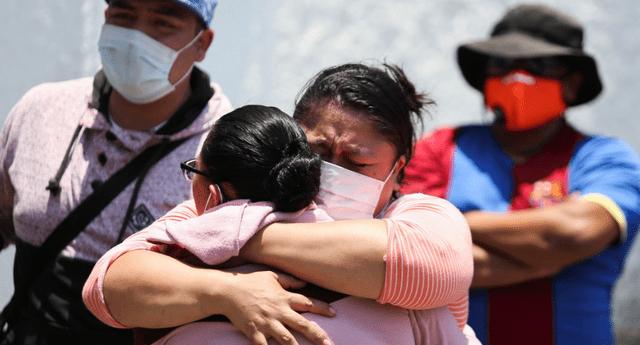 Familiares de victimas de la tragedia